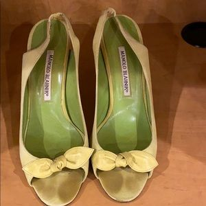 Manolo Blahnik suede & leather heels 37